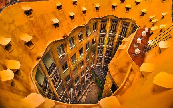 Фото обои окна, двор, Испания, Барселона, дом Мила
