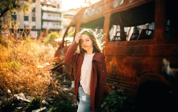 Фото обои девушка, солнце, город, Lucia Jimenez, автолом