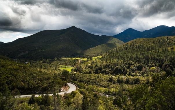 Фото обои дорога, облака, деревья, горы, Франция, долина, Corsica