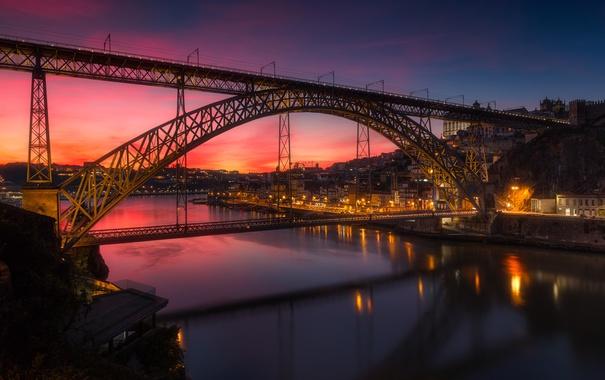 Фото обои мост, река, дома, зарево, Португалия, Порту, Дуэро