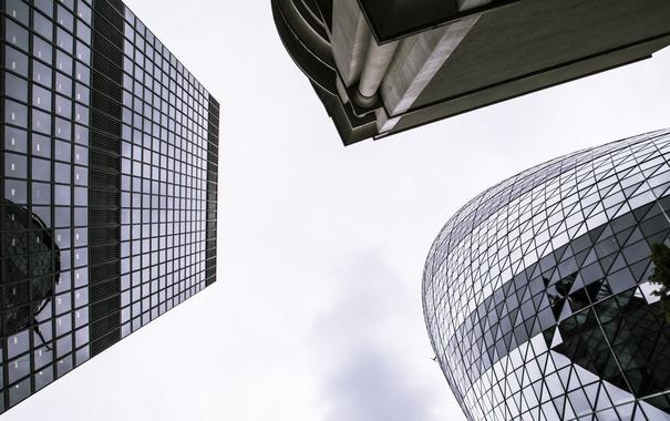 Фото обои небо, окна, здания