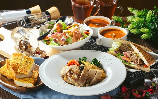 Фото обои хлеб, суп, мясо, напитки, салат, блюда, ассорти