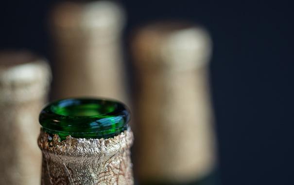 Фото обои макро, фон, бутылки