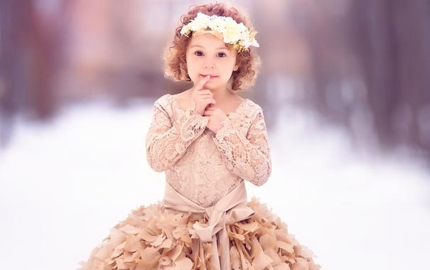 Фото обои платье, девочка, венок, Meg Bitton