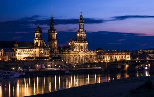 Фото обои небо, ночь, тучи, город, река, здания, Германия