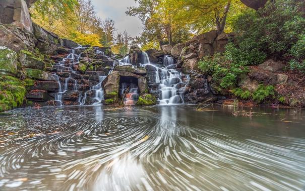 Фото обои осень, листья, деревья, парк, камни, водопад, мох