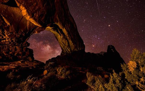 Фото обои звезды, ночь, скалы, арка, Юта, США, Arches National Park