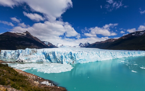 Фото обои море, небо, облака, горы, побережье, льды, Аргентина
