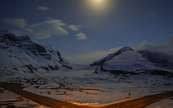 Фото обои зима, дорога, небо, звезды, снег, горы, ночь