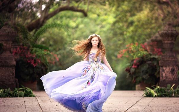 Фото обои платье, девочка, Wind Blown
