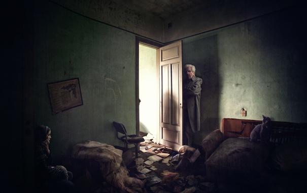 Фото обои кошка, дверь, дед, девушка, комната