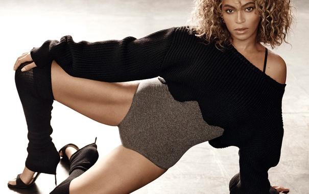 Фото обои взгляд, ноги, волосы, тело, красота, певица, beyonce
