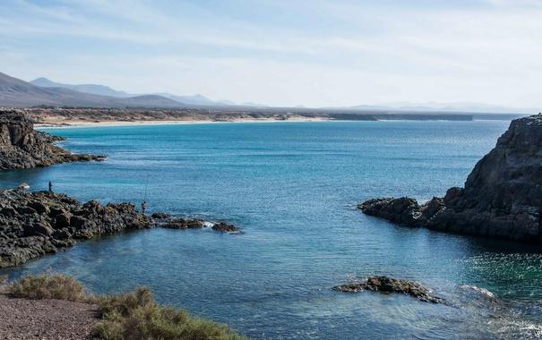 Фото обои море, камни, берег, рыбаки, Испания, Канары, El Cotillo