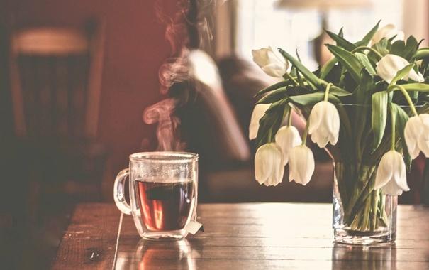 Фото обои чай, букет, тюльпаны