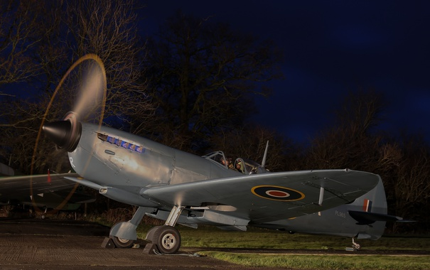 Фото обои ночь, истребитель, аэродром, Spitfire IX