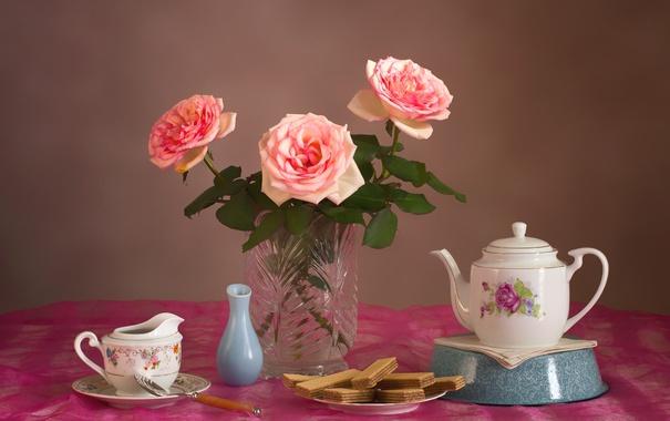 Фото обои розы, посуда, натюрморт, вафли