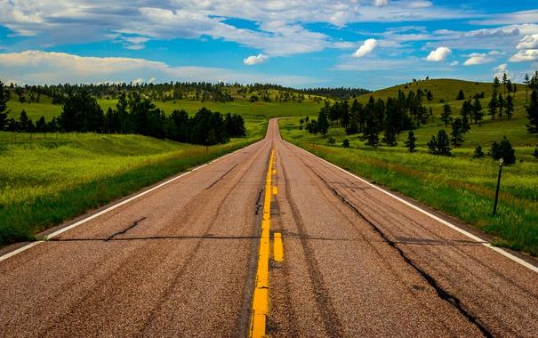 Фото обои дорога, небо, трава, облака, деревья, холмы, поля