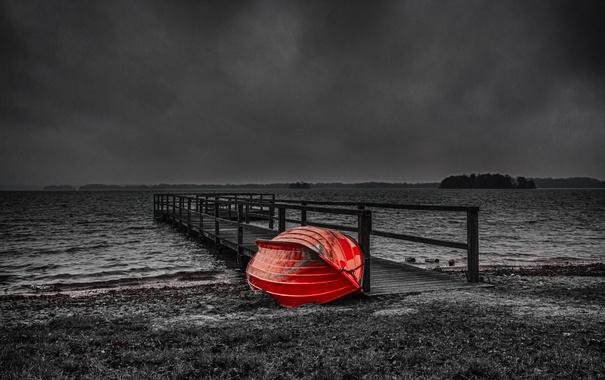 Фото обои облака, озеро, краски, лодка, вечер, причал