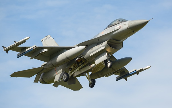 Фото обои истребитель, взлет, General Dynamics, F-16A