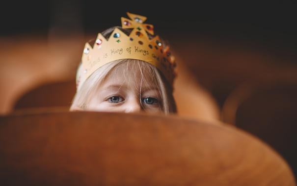 Фото обои глаза, ребенок, корона, девочка