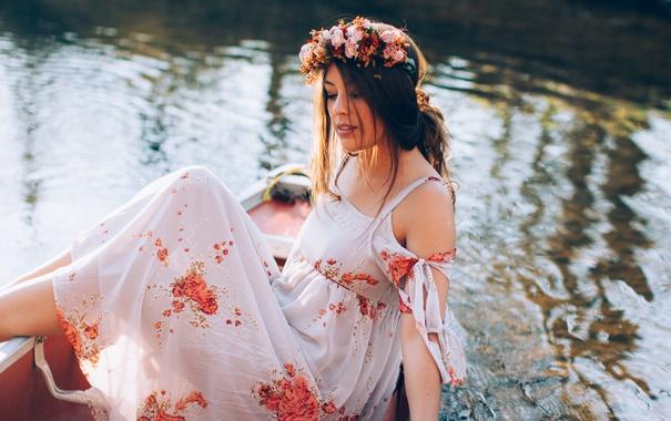 Фото обои вода, девушка, лодка, платье