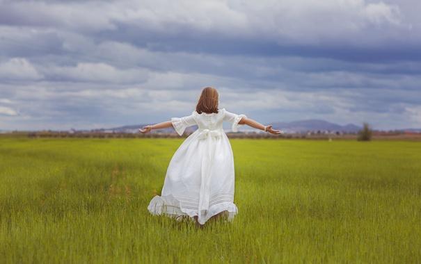 Фото обои поле, лето, платье, девочка