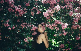 Картинка девушка, цветы, брюнетка