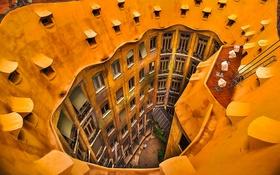 Обои окна, двор, Испания, Барселона, дом Мила