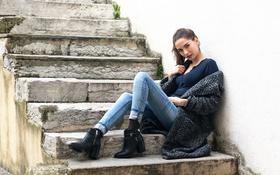 Картинка джинсы, макияж, ступеньки, ножки, Yoann Savoy