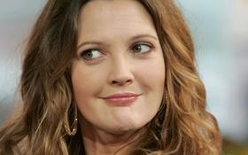 Картинка взгляд, лицо, модель, серьги, актриса, Drew Barrymore