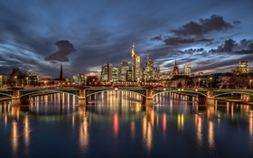 Картинка облака, ночь, мост, огни, дома, Германия, Франкфурт-на-Майне