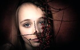 Обои ягоды, портрет, девочка
