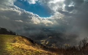 Обои небо, облака, туман, гора, долина, вид сверху