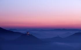 Обои замок, холмы.утро, крепость, туман