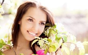 Картинка цветы, лицо, улыбка, модель, весна, сад, брюнетка