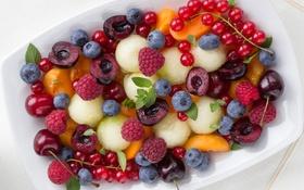 Обои ягоды, малина, фрукты, абрикос, смородина, черешня, голубика