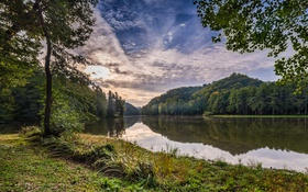 Обои Trakoscan, Хорватия, озеро, деревья, лес
