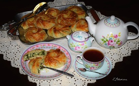 Обои чай, чайник, выпечка, булочки, шпинат