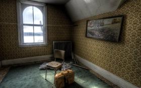 Обои комната, окно, чемодан