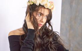 Картинка цветы, брюнетка, певица, Елена Темникова