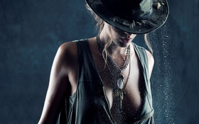 Картинка hat, model, lips, hair, blonde, chains, Katelyn Pascavis