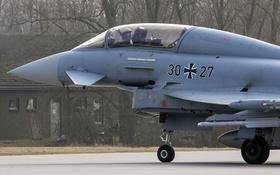 Обои истребитель, кабина, пилот, многоцелевой, Eurofighter Typhoon