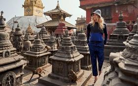 Картинка модель, Doutzen Kroes, блондинка, фотограф, костюм, храм, обезьяны