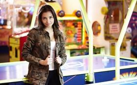 Обои взгляд, девушка, лицо, волосы, куртка, Darina, аэрохоккей