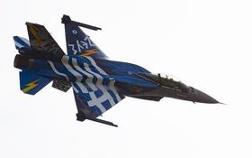 Обои полет, истребитель, Fighting Falcon, F-16C, «Файтинг Фалкон»