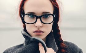 Картинка девушка, капли, очки, winter, боке, косы
