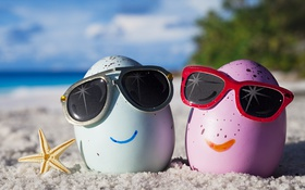 Обои tropical, cute, glasses, funny, eggs, beach, happy