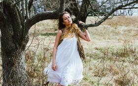 Картинка девушка, поза, платье