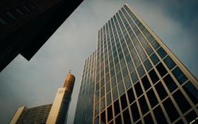 Обои небо, здание, окна, стекла