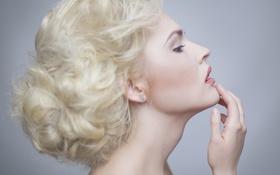 Картинка девушка, фон, макияж, прическа, блондинка, профиль